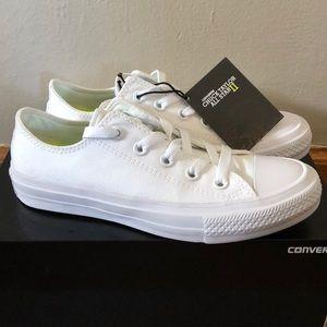 Converse White Chuck Taylor All Star II
